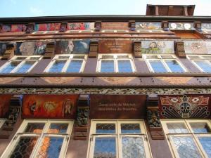 Knochhauer Amtshaus Hildesheim. Zuerst stirbt die Wahrheit, dann sterben die Menschen